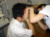 瞳孔の大きさを測る