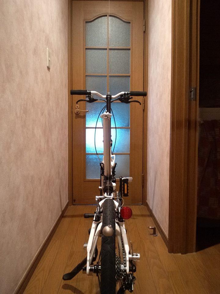 新参メーカー折り畳み自転車CARACLE