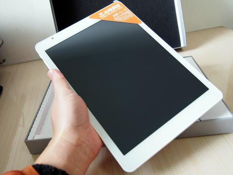 AndroidとWindows8.1が両方使えてSIMフリーな中華タブレット X98 Air 3G DualOSのレビュー